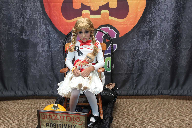 Annabelle doll child cosplayer